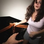 Paranormal activity 1 : peur dans les escaliers | ciné buzz
