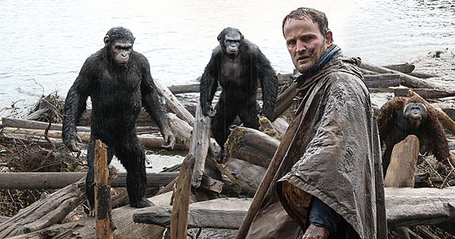 Jason Clarke dans La planète des singes : l'affrontement  <br>TM and © 2013 Twentieth Century Fox Film Corporation.  All Rights Reserved.